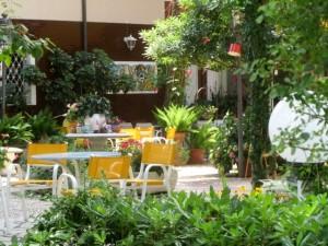 Foto hotel milano marittima hotel al cacciatore di sogni giardino 5
